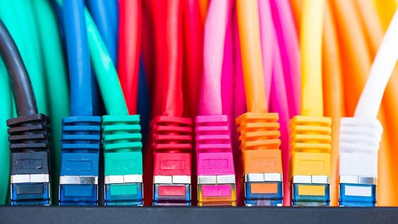 9 Consejos baratos y fáciles para limpiar tus cables sucios