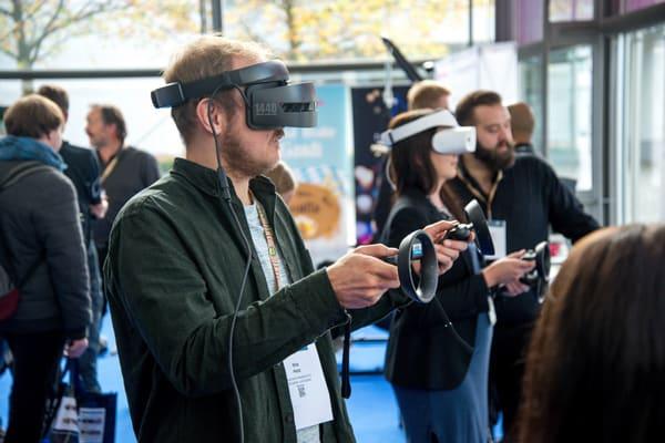 Virtual-reality - Shoppable posts